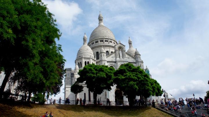 """""""Eu proclamo santuário"""": as Igrejas deParis"""